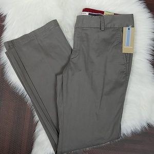 NWT Low Rise Curvy Fit Gray Dockers Iconic Khaki